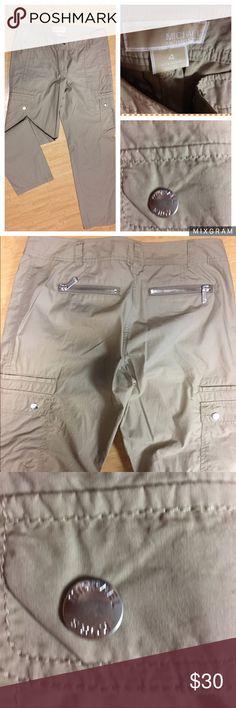 Michael Kors khaki pants size 4 NWOT. NWOT. Never worn! Michael Kors pants. Size 4 Michael Kors Pants Trousers