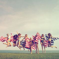 Pin for Later: Everything We're 100% Sure Happened at Taylor Swift's July 4 Party The ladies jumped for joy.