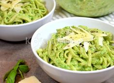 Light pasta with avocado sauce Pasta Recipes, Diet Recipes, Vegetarian Recipes, Cooking Recipes, Healthy Recipes, A Food, Good Food, Food And Drink, Healthy Cooking