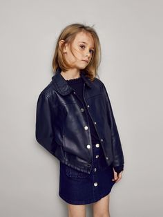 Girls´s Coats & Jackets at Massimo Dutti online. Enter now and view our Spring Summer 2019 Coats & Jackets collection. Massimo Dutti Online, Baby Winter, Dope Outfits, Fashion Kids, Summer Collection, Cool Kids, Dress To Impress, Boy Or Girl, Dope Clothes