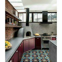Inspiração ♡ #interiores #design #interiordesign #decor #decoração #decorlovers #archilovers #inspiration #ideias #áreaexterna #exterior #outdoor #espaçogourmet