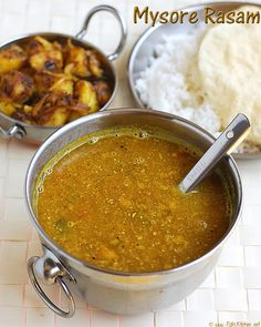 Mysore rasam recipe, rasam with fresh ground masala. Learn how to make this flavouful rasam with coconut, step by step pictures. Veg Recipes, Indian Food Recipes, Vegetarian Recipes, Ethnic Recipes, Indian Soup, Tamarind Juice, Rasam Recipe, Ovo Vegetarian, Kitchens