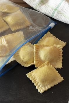 Pasta Per Ravioli, My Favorite Food, Favorite Recipes, My Favorite Things, Make Your Own Pasta, Tortellini, Gnocchi, Pink, Lasagna