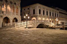 Ponte della Paglia - thanks vor viewing, comments and likes Night in Venice at the Bridge Ponte della Paglia   Nachts in Venedig an der Brücke Ponte della Paglia