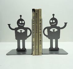 CREATIVE BOOK ENDS TO BRIGHTEN YOUR DAY