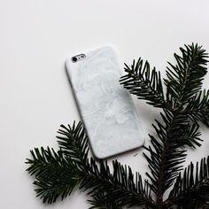 Кейс для #iphone6 с принтом в интересной японской технике. Неповторимые рисунки создаются на воде при помощи туши. На Hipoco.com ловите по слову разводы. Автор @kawaii_nejumi. #hipoco #hipococase hipoco.com