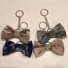 Military Camo Keychain Bow (Army, Marines, Navy, Air Force) by PatrioticBows on… Proud Army Girlfriend, Air Force Girlfriend, Military Love, Army Love, Military Spouse, Navy Mom, Navy Wife, Airforce Wife, Usmc