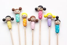 Make these adorable kiddie cocktail stir sticks inspired by Kokeshi dolls for your next party!