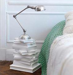 Liegen bei Ihnen noch alte Bücher herum? Mit Büchern basteln Sie wunderschöne Dekorationen! Nummer 4 ist ein echter Eyecatcher! - DIY Bastelideen