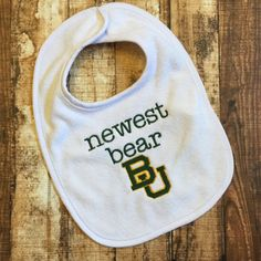 "Baylor-themed ""Newest Bear"" bib"