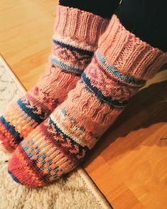"oma kädenjälki on Instagram: ""#socks#villasukat#instaknitting#instasocks#winter#warm#colors#handmade"" Socks, Instagram, Fashion, Moda, Fashion Styles, Sock, Stockings, Fashion Illustrations, Ankle Socks"