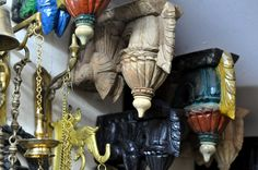 For the Love of Sunshine Corners: Store Tour - Manjunatha Fine Arts, Bangalore Wooden Brackets, Indian Home Decor, Solid Wood Furniture, Traditional House, Art Forms, Creative Design, Living Room Decor, Sunshine, Carving
