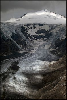 The Pasterze, at approximately 8.4 kilometers (5.2 mi) in length, is the longest glacier in Austria. Grossglockner, Austria