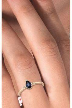 Pırlanta Damla Altın Safir Yüzük #modasto #giyim #moda https://modasto.com/divas-ve-diamond/kadin/br3485ct2