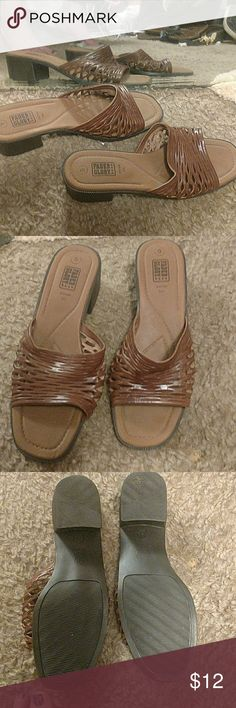 Brown sandals size 9 I have a small block to heel. 1 dressy or casual Faded Glory Shoes