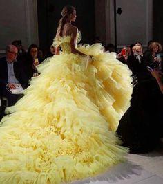 Paris Spring Couture Week Begins & Oscar Nominations