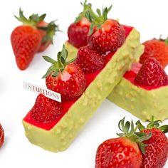 254 mentions J'aime, 5 commentaires – Jerome De Oliveira (@jeromedeoliveira) sur Instagram : «Mon envie du jour... un fraisier tout simplement ! Et vous ? My wishlist of the day: a refreshing…»