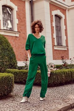 autumn | summer outfit | autumn outfit | spring outfit | autumn fashion | womensoutfit | casual outfit | women autumn outfit | womens green tracksuit | womens green tracksuit set | womens green sweatshirts | womens heeled ankle boots | womens heeled ankle shoes | creamy shoes | Top Secret | fashion inspo | outfit inspo #ootd #factcooloutfit Vogue, Normcore, Style, Fashion, Swag, Moda, Fashion Styles, Fashion Illustrations, Outfits
