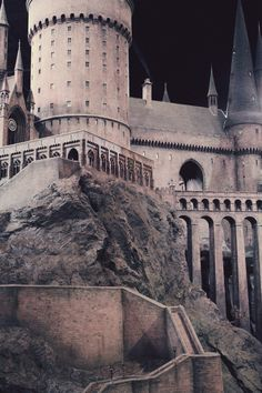 primordia:    29/52 Hogwarts (by primordia-)