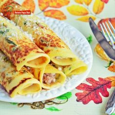 Pe lângă prepararea sandwich-urilor clasice, cu PANINI MAKER poți pregăti și sandwich-uri panini, calde și delicioase. Panini, Ethnic Recipes, Food, Essen, Meals, Yemek, Eten