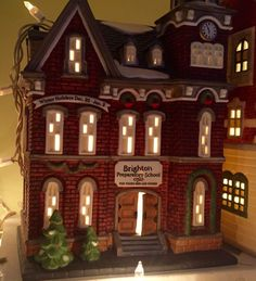 "Dept 56 Christmas In The City ""BRIGHTON SCHOOL"" #58876 RETIRED"