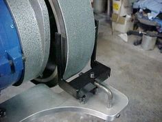 hollow grinding jig from Jantz knife Supply