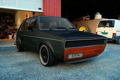 Awesome,all blked out – Autos online Volkswagen Golf Mk1, Golf 1, 147 Fiat, Jetta A4, Doka, Vw Caddy Mk1, Vw Gol, Vw Scirocco, Car Mods