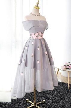 Best Sale Elegant A-Line Off-Shoulder High-Low Gray Organza Prom Dresses with Ap. - Best Sale Elegant A-Line Off-Shoulder High-Low Gray Organza Prom Dresses with The purple off shoulder see through homecoming dresses are fully Source by nehirzerkin - Homecoming Dresses High Low, Cute Prom Dresses, Pretty Dresses, Beautiful Dresses, Short Dresses, Formal Dresses, Graduation Dresses, Short Prom, Elegant Dresses