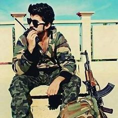 #Fouji_swag ✌ Isi Pakistan, Pakistan Army, Indian Army Special Forces, Pak Army Soldiers, Army Pics, Pakistan Independence, Pakistan Armed Forces, Best Army, Blur Background In Photoshop