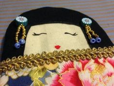 Kokeshi pouch and bags kokeshi style. Totally handmade!