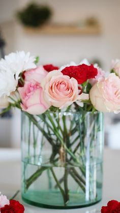 Recycled home decor items that look new/beautiful…can be a rarity. However, this vase is an exception. It's become my absolute favorite for its' size and perfect blend of classic and modern styles. Read more here and find my Fall Decor Ideas. #veiledfree #fall #home #flowers #ideas #sustainable