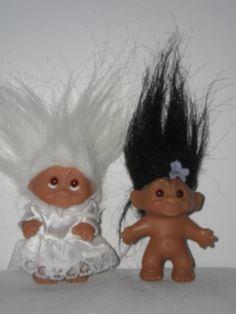 Annons på Tradera: 2 st Dam troll 1 brudtroll