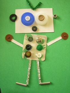 Robots using reusable stuff. Bottle caps, buttons, stems, plastic containers, glue, and more. info-garderie.blogspot.com