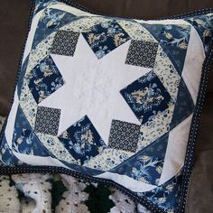 Lovely pillow made with fabrics from the Forget Me Not collection designed by Sue Daley for Penny Rose Fabrics #ilovepennyrose #suedaley #forgetmenot