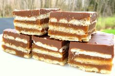 Homemade Kit Kats via Kathie Cooks