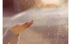 # 26 PENSAMENTO DO DIA: GRATIDÃO  Gratidão Ser grato; prontidão para mostrar a apreciação     Gratidão é agradecer por tudo o que temos, tudo o que a vida nos proporciona. A vida é uma dádiva e só por isso, já é motivo suficiente para agradecermos o fato de estarmos vivos.... Continuar a ler... http://www.blog.viveavidaquemereces.com/blog/pensamento-do-dia-26-gratido