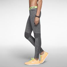 Nike Pro Hyperwarm Compression Seamless Women's Tights