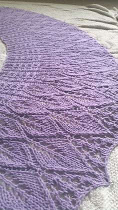 Free Pattern: Cotton Bam Boo Kudzu Shawlette by Rachel Henry.