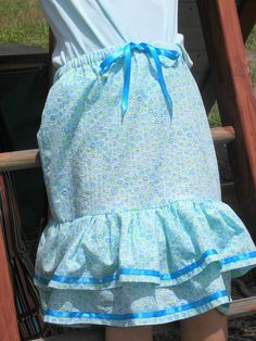 My nieces like these skirts that I made them for Sundays
