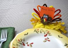 31 Creative Ways to Decorate the Kids' Table at Thanksgiving Thanksgiving Name Cards, Thanksgiving Placemats, Thanksgiving Crafts, Thanksgiving Decorations, Holiday Crafts, Holiday Fun, Fall Decorations, Diy For Kids, Crafts For Kids