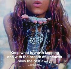 Keep your ego on a short leash and live from your soul Style Hippie Chic, Bohemian Style, Boho Chic, Gypsy Soul, Bohemian Gypsy, Gypsy Life, Hippie Life, Happy Hippie, Tao