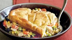 Serve your family with this chicken pot pie that's made using Green Giant® Valley Fresh Steamers® vegetables and Pillsbury® crescent dinner rolls - a tasty dinner.