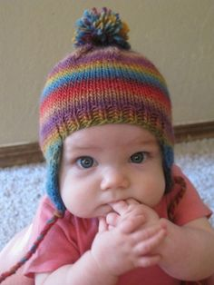 Ravelry: FREE BABEE CHULLO (Baby Earflap Hat) pattern by Bobbi Padgett