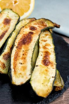 Zucchini in the air fryer is a delicious way to enjoy the fresh summer veggie. The air fryer allows you to create crispy chips and fries that are perfect for dipping and sharing with your family and friends. Our easy, quick recipe makes the perfect snack or side dish that you can enjoy or serve any time! Most Popular Recipes, Favorite Recipes, A Food, Good Food, Crispy Chips, Superfood Recipes, Best Food Ever, Food Trends, How To Squeeze Lemons