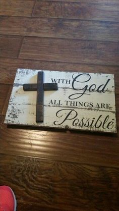 Good cross wall plaque made from pallets