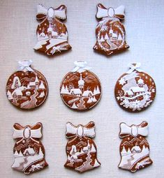 Today we are looking at Moravian and Bohemian gingerbread designs from the Czech Republic. Back home, gingerbread is eaten year round and beautifully decorated cookies are given on all occasions. Christmas Biscuits, Christmas Sugar Cookies, Christmas Sweets, Holiday Cookies, Christmas Baking, Gingerbread Cookies, Italian Christmas, Fancy Cookies, Iced Cookies