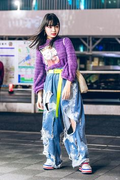 Tokyo Fashion: Street snaps from the first day of Tokyo Fashion Week are now up .Tokyo Fashion: Street snaps from the first day of Tokyo Fashion Week are now up on USA! Tokyo Fashion, Japan Street Fashion, Seoul Fashion, Korean Street Fashion, Harajuku Fashion, Harajuku Style, Asian Fashion Style, Street Culture Fashion, Street Style Fashion