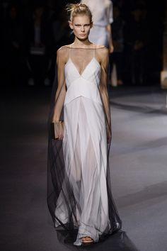 Vionnet ready-to-wear spring/summer '16 - Vogue Australia