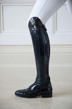 Secchiari Tall Boots Navy patent leather .....ohhhhh yeahhhhhhhhhhh!!!!!!