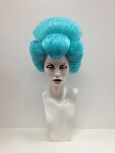 Outfitters Wig. I would love to have a wig like this. so freaking fabulous.